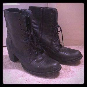 Steve Madden Graanie Combat Boots size 9.5